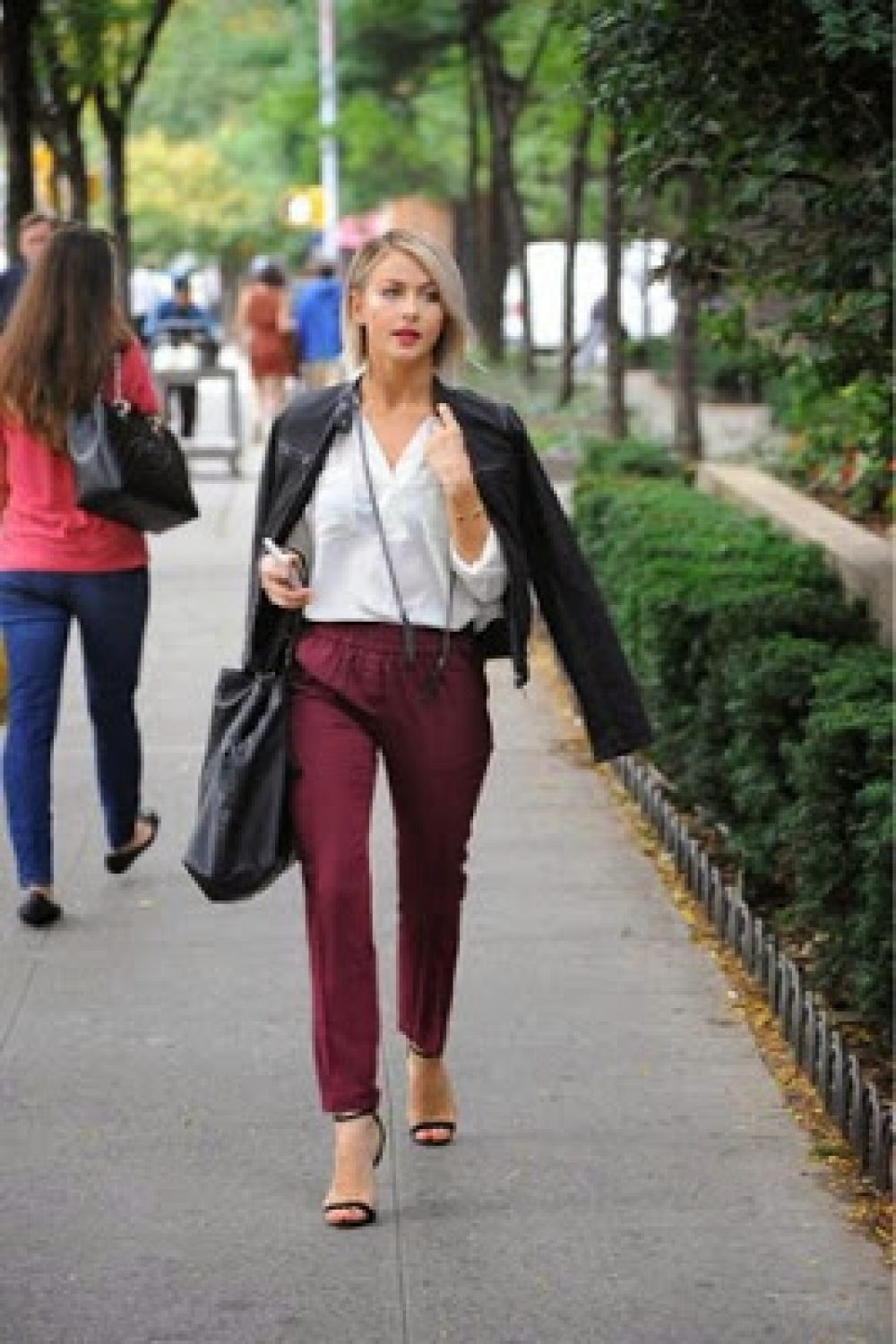 Julianne Hough Wears…Sears?