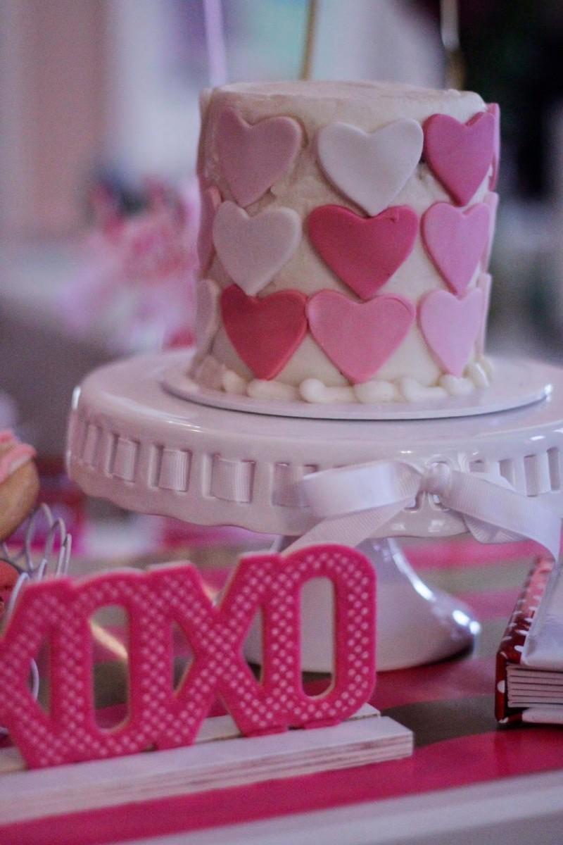 l-party-smash-cake