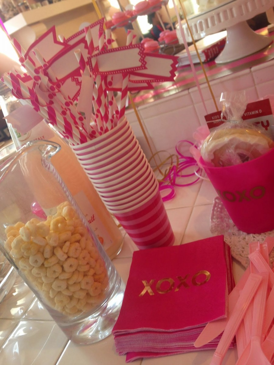 l-party-straws