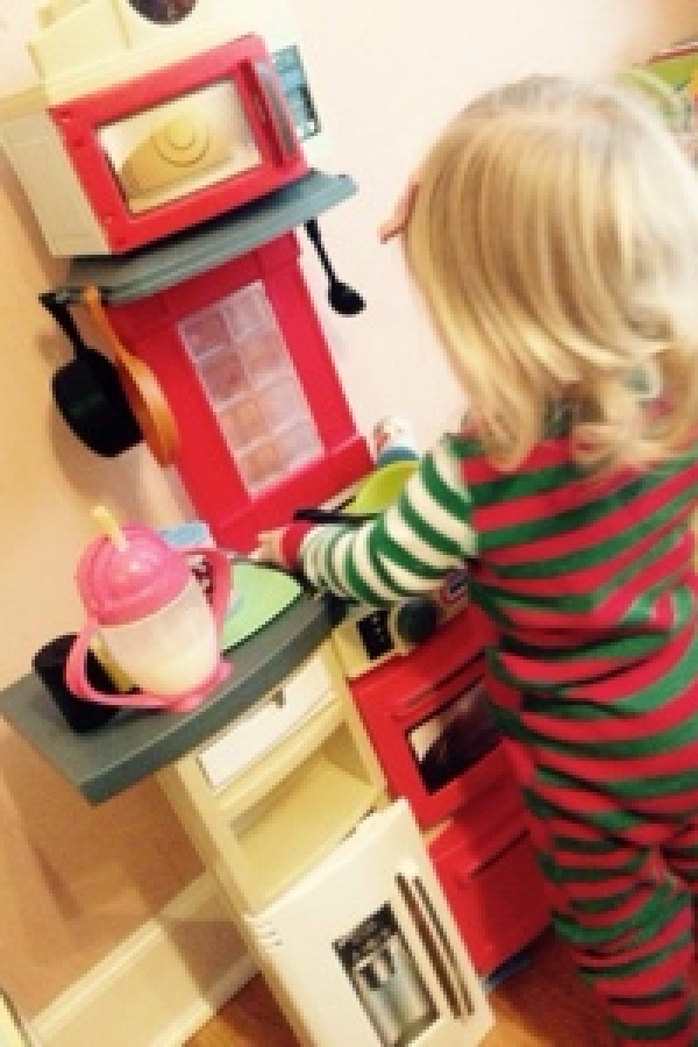 Whiny Wednesday: Cutest Kitchen Award