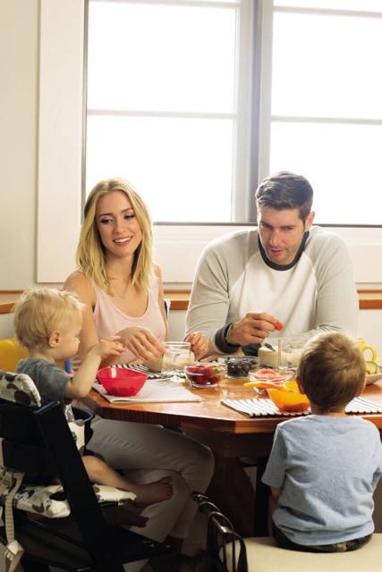 Kristin Cavallari with husband Jay Cutler and kids