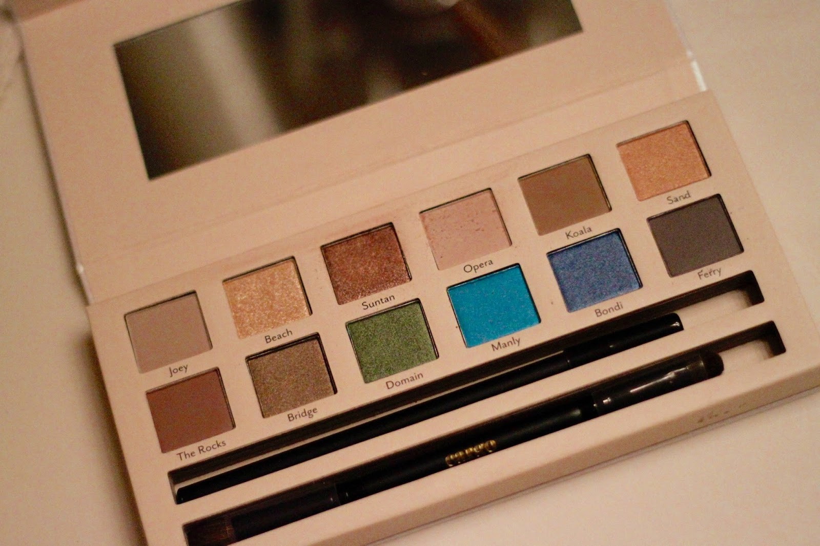 Review of the Land Down Under palette