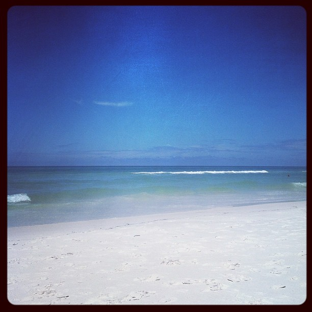 4387c-beach