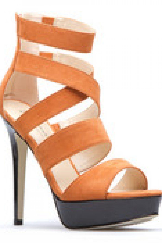 ShoeDazzle Stylist Anya Sarre: Summer Sun Style