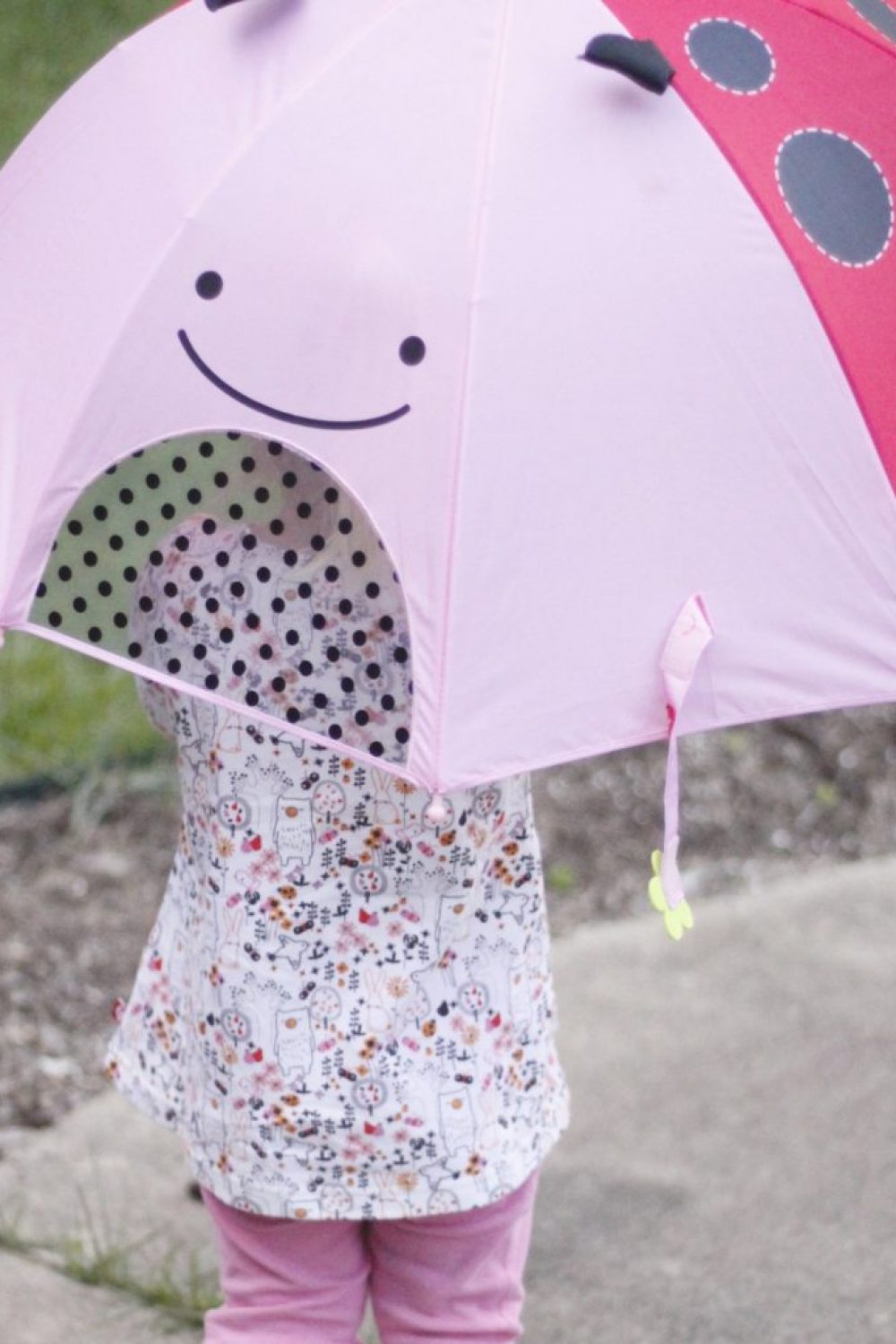 Whiny Wednesdays: Skip Hop Zoobrella Makes Rainy (or Sunny) Days Fun