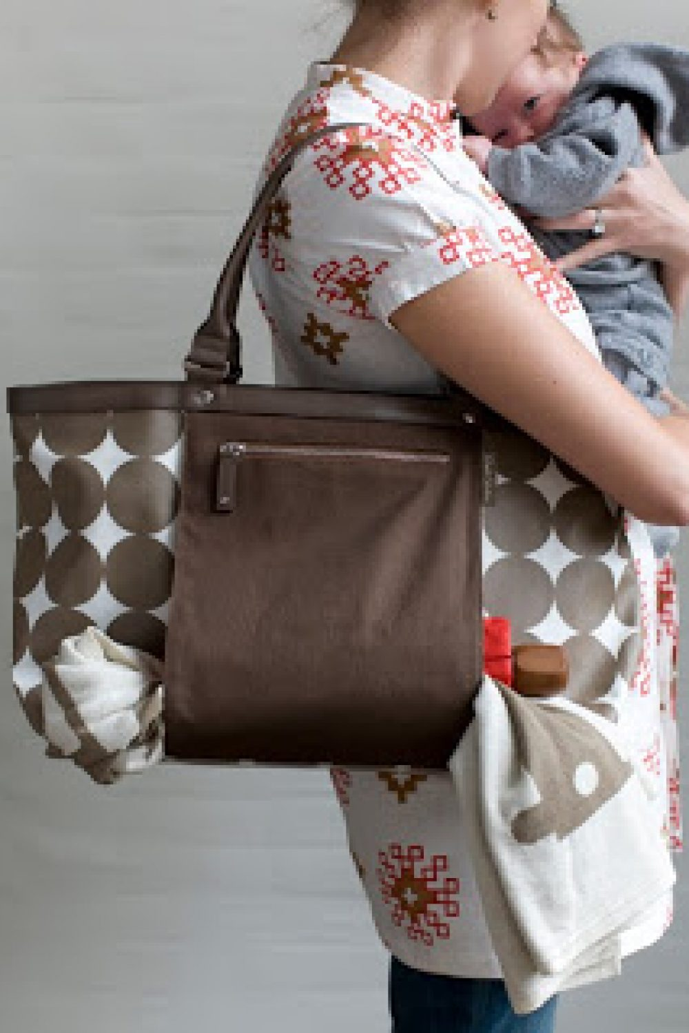 Whiny Wednesday: Win a DwellStudio Diaper Bag!