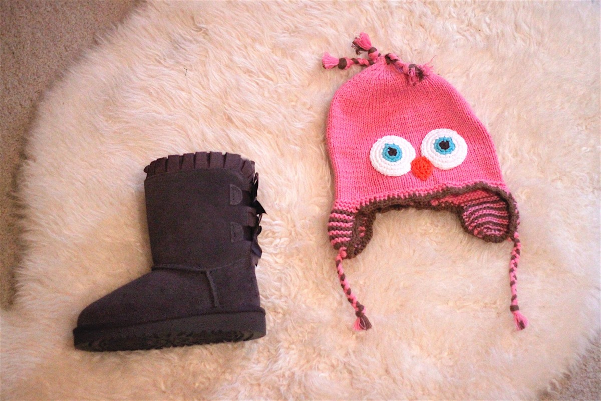 gift-guide-ugg-boots-and-hat