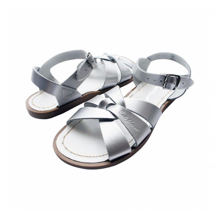 salt water sandals baby cubby