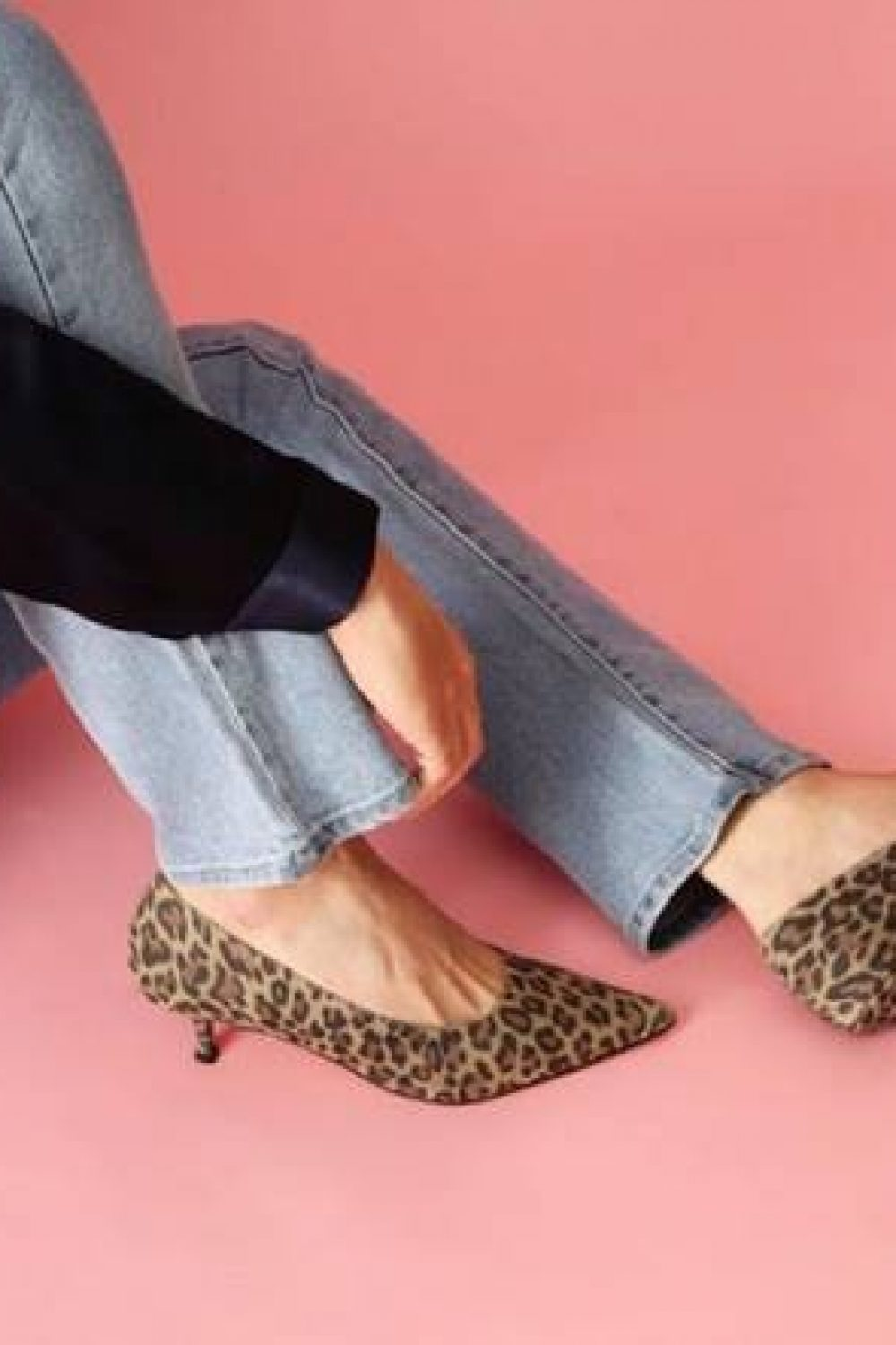 FOOTWEAR THAT'S TRENDING ACCORDING TO FASHIONISTA, LESLIE GALLIN